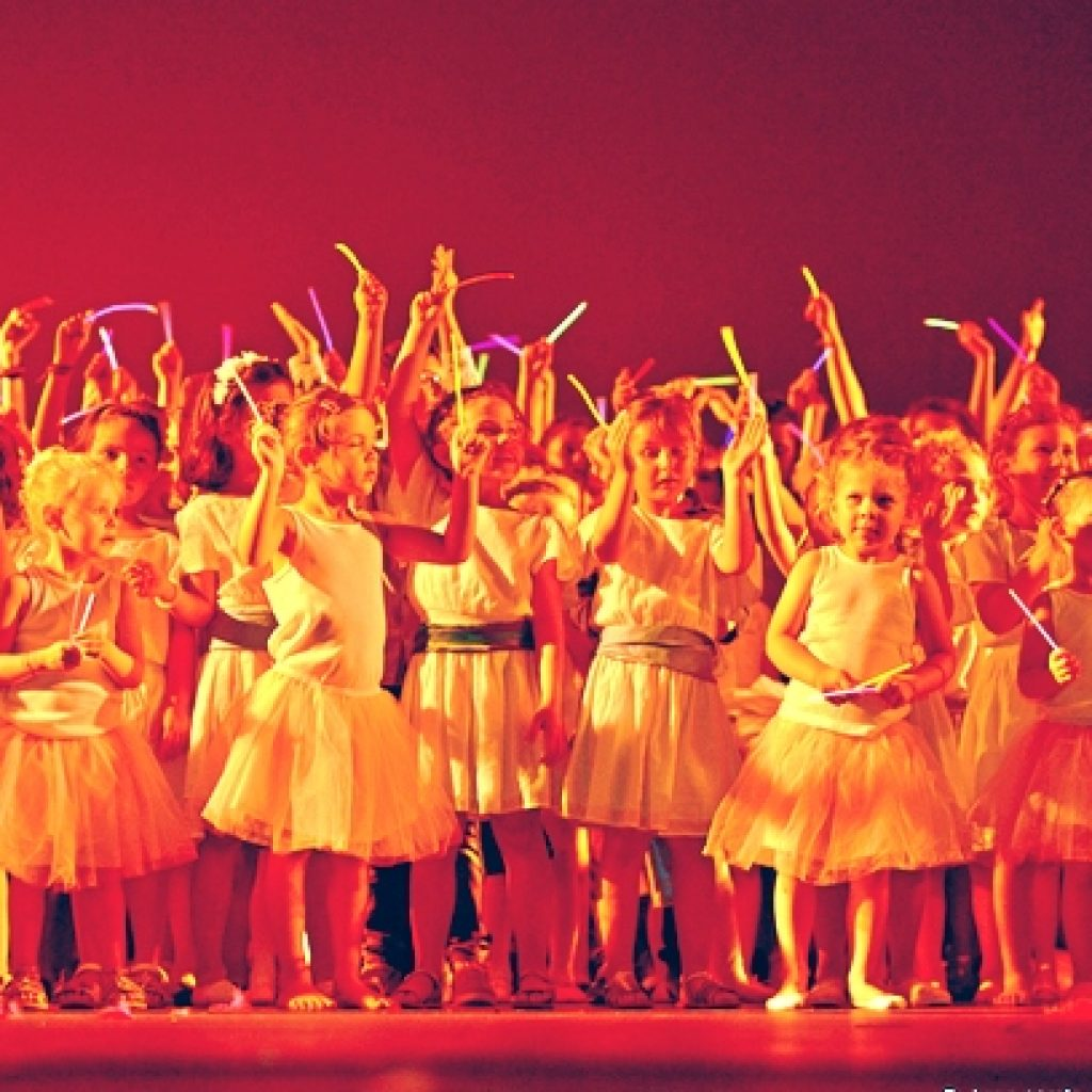 Final-gala-enfants-christ-all-dance