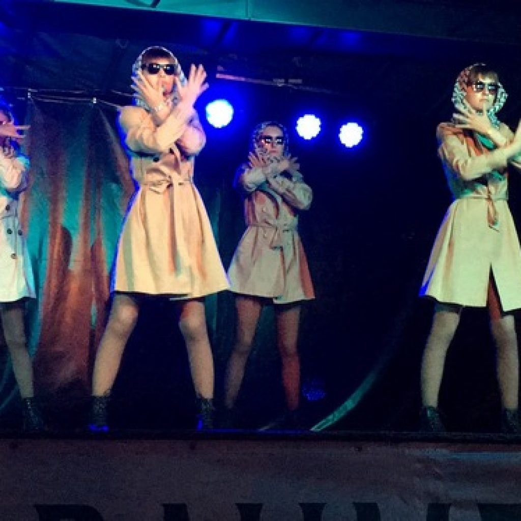 Troupe-spectacle-cabaret-audincourt